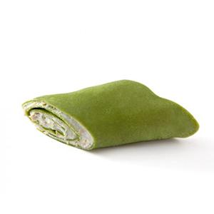 grünen Crêpes mit Spargeln und Garnelen