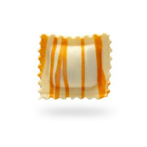 Ravioli listados anaranjados