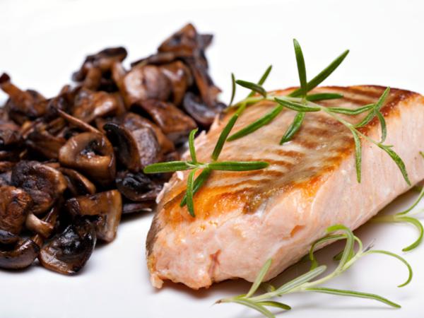 Salmone ai funghi porcini