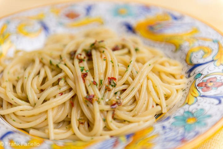 anchovy dripping linguini