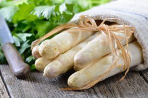 asparago bianco di bassano del grappa