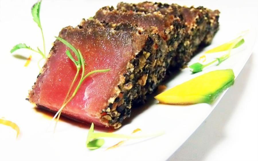 sashimi-di-tonno-rosso-in-panure-di-pistacchio
