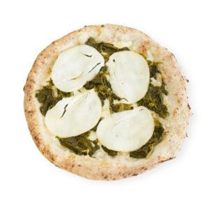 Pizza Friarielli oder neapolitanischer Brokkoli und geräucherter Mozzarella