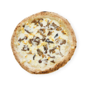 Mascarpone pizza and sautéed mushrooms