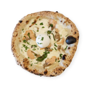 Pizza à la mozzarella de bufflonne et aux champignons